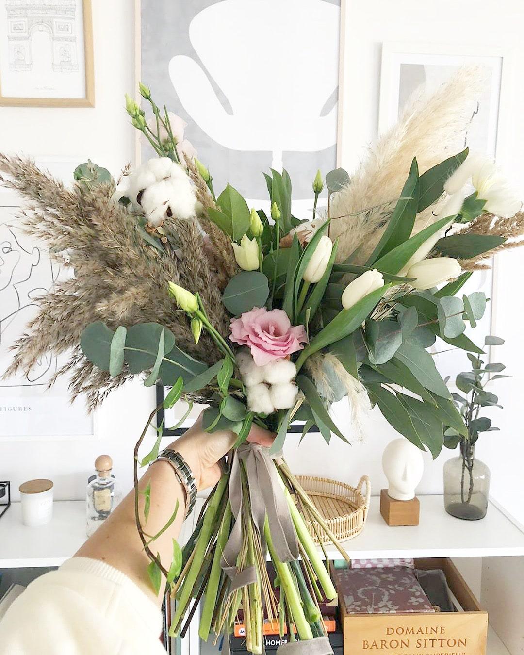 Pielęgnacja kwiatów w wazonie – najbardziej trwałe odmiany kwiatów do wazonu